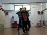 Танцевальный микс на основе современных уличных танцев